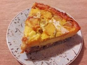 Сырный тарт с грушей и яблоком